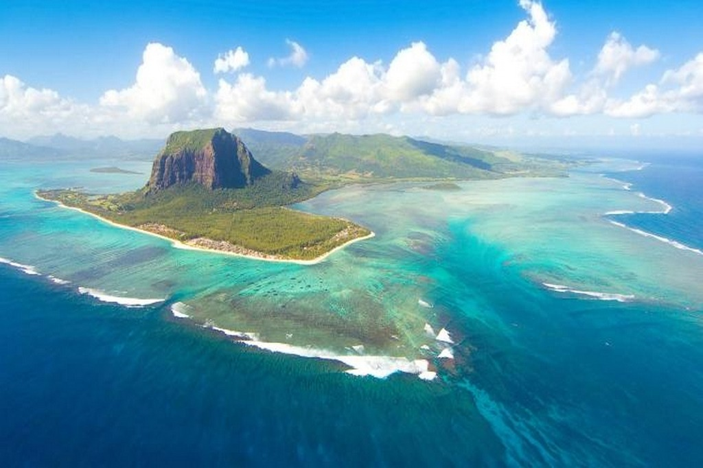 6 reasons to visit Mauritius in 2018